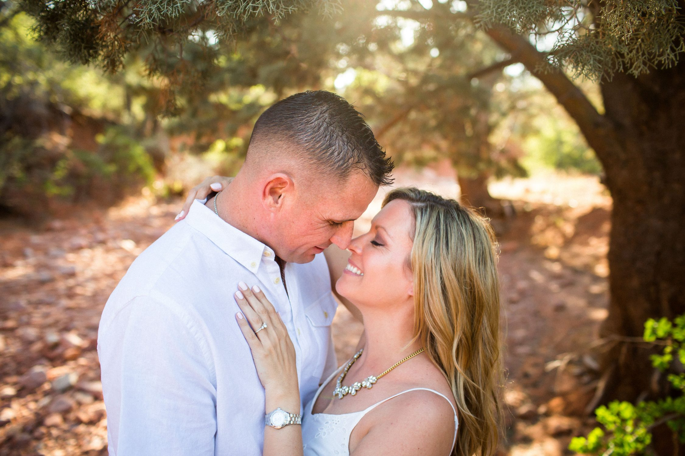 Sedona engagement session, Sedona wedding photographer, Sedona destination engagement photos, northern arizona wedding photographer, northern arizona engagement photographer